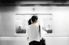 人口減少で満員電車は無くなるのか?